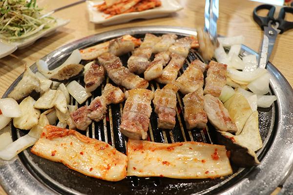 江南Grill house 9292烤肉店_韩国美食_韩游网