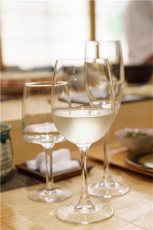 酒 (2).png