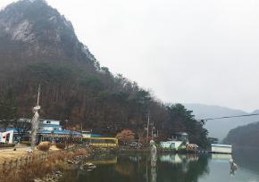 """京畿道抱川""""山井湖水"""""""