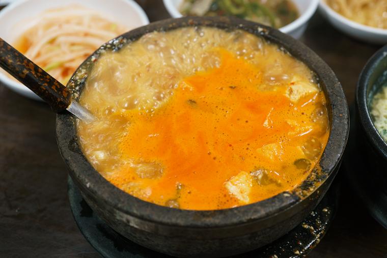 """江南""""农村蔬菜大酱汤""""专门店_韩国美食_韩游网"""