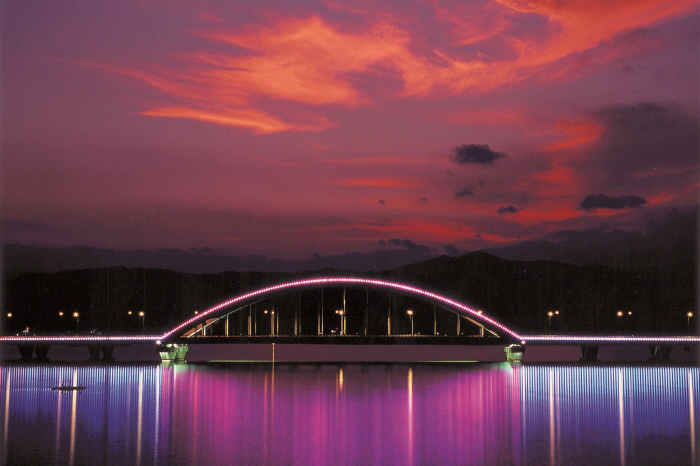 春川昭阳江Sky Walk 天空步道_韩国景点_韩游网
